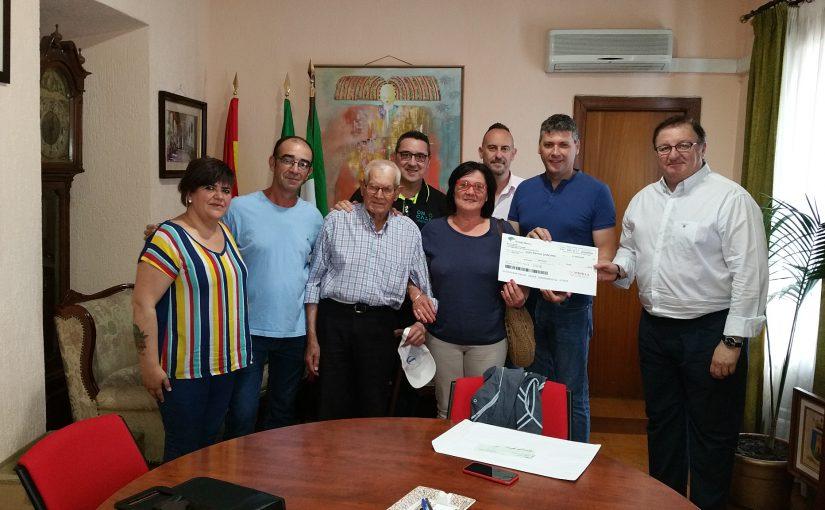 Campaña solidaría de reciclaje en Jimena de la Frontera.